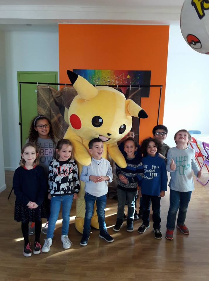 prestation anniversaire sur le thème Pikachu au café Nino'Kid Liévin